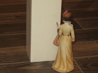 1981 Avon Mrs Albee Award Exclusive President's Club Members Figurine Full Size
