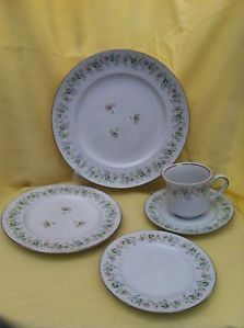 Johann Haviland Bavaria Germany Forever Spring 71pc China Dinnerware Dishes Set