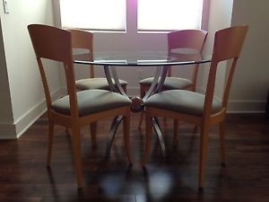 Ethan Allen Radius Collection Dining Table