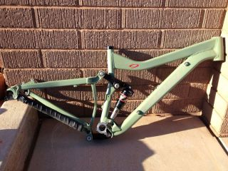 Niner w F O 9 Used Size Small Fridge Green Mountain Bike Frame 140mm Travel