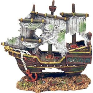 Sunken Pirate Shipwreck Aquarium Decorations Ornaments