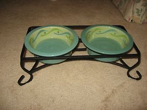 Southern Living Pet Bowls with Black Iron Holder