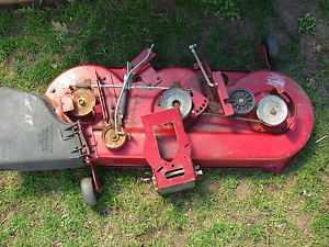 "Murray Riding Mower 46"" Deck Low Usage Great Condition"