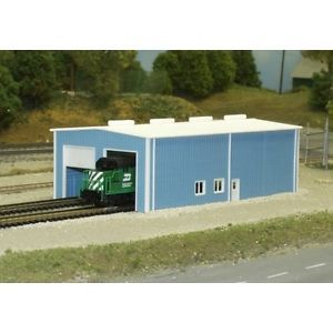 "N Scale ""2 Door Engine House"" Kit 541 8007 by Pikestuff"