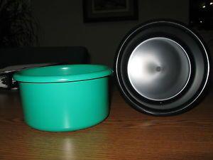 "Crock Style Bird or Pet Water Food Plastic Dish 28"" oz Bowl Set of 2 Crocks"