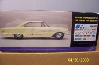 AMT Ertl 21883P Model Kit 1964 Ford Galaxie 500 SEALED