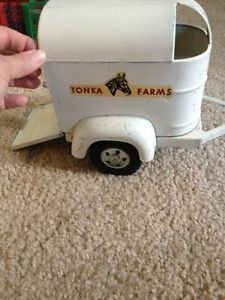 Vintage Tonka Toys Horse Trailer