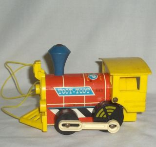 1960's Fisher Price Pull TOOT TOOT Engine Train 643