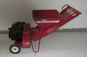 MTD Shred It Gas Wood Chipper Shredder Mulcher Model 243 650 Tecumseh Engine