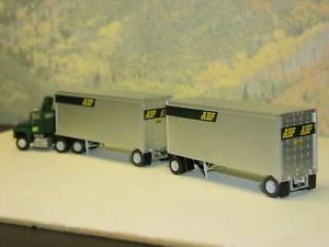 HO 1 87 Scale abf Tractor and Two Semi Trailers