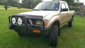 97 Toyota Tacoma 4x4 2dr Extended Cab 4 Cyl 2 7 L Engine Automatic Bull Bar