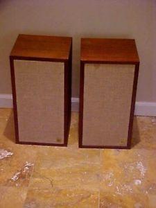 Acoustic Research AR 4X Speakers Great Shape Pair Vintage Walnut Bookshelf