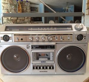 RARE Fully Restored Sanyo M X520 Boombox with Original Service Manual