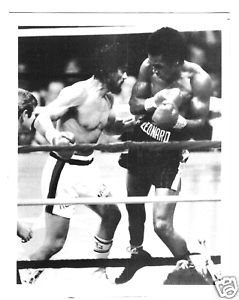 Duran Leonard 2 No mas Fight 1980's Boxing 8x10 Photo