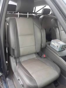 04 05 06 07 08 09 10 Nissan Titan Front Power Leather Bucket Seats
