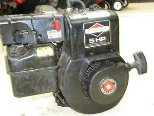 Briggs and Stratton 5 HP Snowblower Engine Model 130202 2151 01 Used