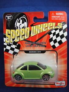 Volkswagen Beetle Bug Die Cast Toy Car Olive Lime Green Metallic Maisto NIP
