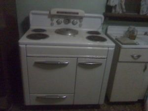 Vintage Antique Home Comfort Electric Cooking Stove Range Oven