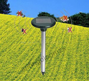 Ultrasonic Waves Solar Power Mouse Gopher Rodent Mole Outdoor Yard Pest Repeller