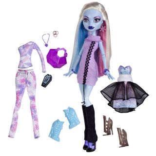 Monster High Doll Abbey Bominable 3 Frosty Outfits