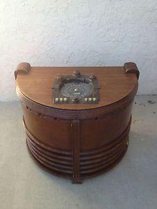 Antique Zenith Chair Side Tube Radio