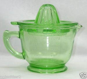 Vintage 1930's Green Depression Glass Measuring Mixing Cup Pitcher Juicer Lid