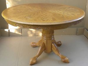Round Oak Dining Table with Insert and 6 Chairs