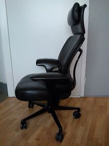 Surprising Steelcase Leap Lounge Chair Black Leather With Headrest And Creativecarmelina Interior Chair Design Creativecarmelinacom