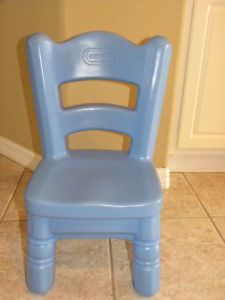 Hard Plastic Little Tikes Blue Victorian Chair for Tender Heart Table Step 2