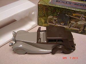 Vintage Avon Bottle Rolls Royce Car Deep Woods After Shave Empty Bottle w Box