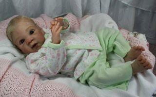 """Amy's Dollhouse Lifelike Reborn Babya Toner""""Sienna Leigh"""" MRMH A C Tummy Plate"""