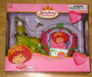 New Strawberry Shortcake Bandai Berry Magical Carriage Filly Honey Pie Pony