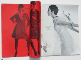 Red Hot 60s Vogue  grace Jean Shrimpton MIA Farrow Pattie Boyd Bailey Parkinson