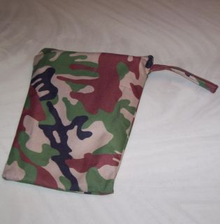 US Military Army Camo Fold Out Bench Chair with Bag