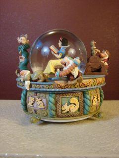 Walt Disney Snow White and The Seven Dwarfs