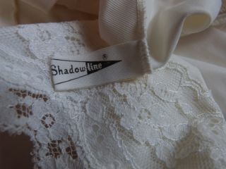 Shadowline Vtg Mid Weight Half Slip White Lace Hem Satin Pillow Tab Sz s M Tall