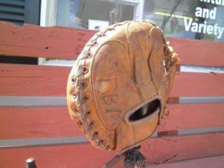Vintage D M DG982 Bill Dickey Junior Youth Baseball Catchers Mitt Glove