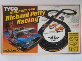 AFX Slot Car Race Set