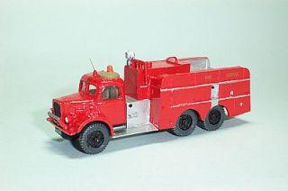 B w Models Austin K6 Airport Foam Tender 1 76 Scale Kit 38