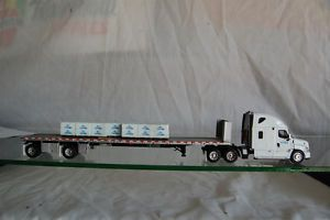 DCP Freightliner Cascadia with Flatbed Trailer Certainteed Internal 32487
