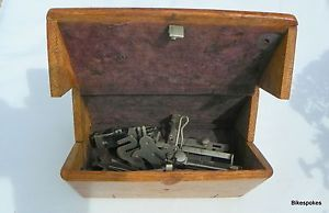 Antique Folding Wooden Singer Sewing Machine Puzzle Box Light Oak Pat 1889