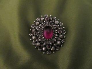 Sarah Coventry Purple Rhinestone Brooch Pin Pendant Silvertone Vintage Lovely