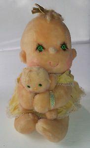 "Kenner Hugga Bunch Patooty Baby Doll Toy Tan Green Eyes Yellow Dress Plush 12"""