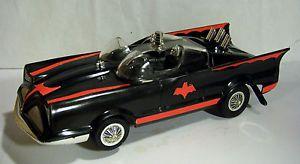 RARE 1965 Mattel Switch N' Go Batmobile Battery Operated Car WOW