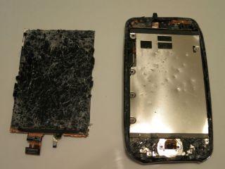 Apple iPod Touch 8GB Broken Parts Screen Logic Board w Battery 2nd Gen A1288