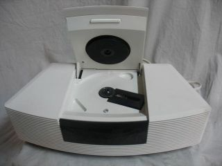 Bose Wave Radio Model AWRC1P w CD Player Excellent Condition White