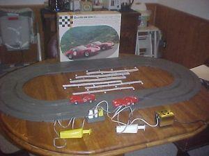Vintage 1960's Revell Nova Home Racing Set 1 32 Scale Slot Car Race Set