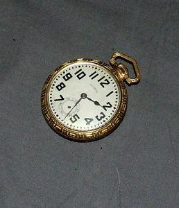 1923 Illinois Bunn 17 Jewel Pocket Watch w Gold Case