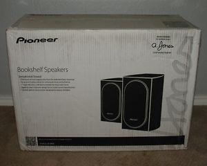 Pioneer Vintage Large Bookshelf Speakers CS 66 Lattice Grill Wood
