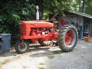 3 Point Hitch IH Farmall H M Tractors Parts Attachments Estate Sale